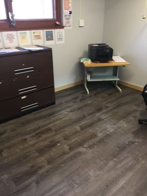 Office Cleaning in Cuyahoga Falls, OH (3)